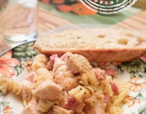 Pâtes dans un seul chaudron au poulet cordon bleu - Auboutdelalangue.com
