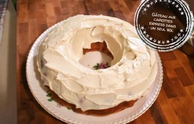 Gâteau aux carottes express dans un seul bol - Auboutdelalangue.com