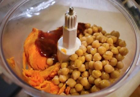 Burger végétarien de pois chiches à la patate douce - Auboutdelalangue.com (3)
