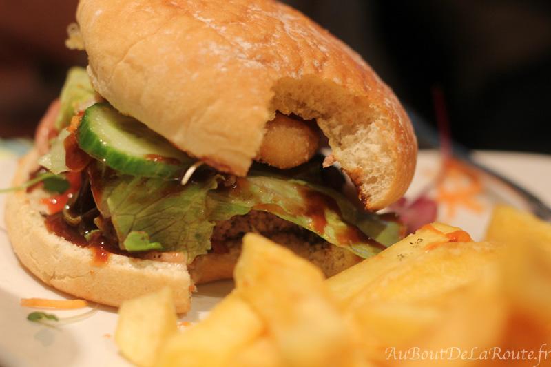 Hamburger au Hatchet Inn