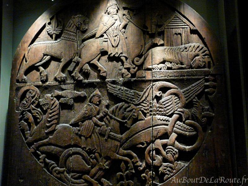 Sculptures de la porte de Valþjófsstaður