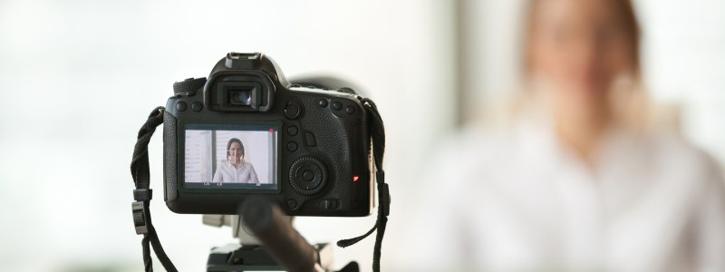 how to start a vlog for your business