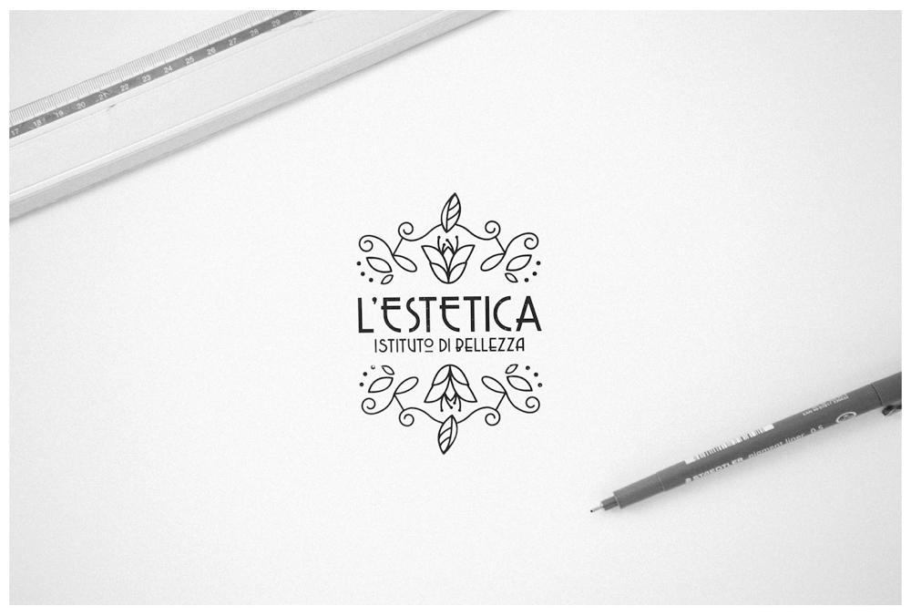 I clich Logo e brand identity per centro estetico  Auca