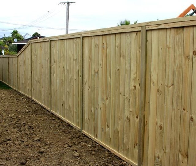 Premium Wooden Timber Shiplap Fence With Built In Letterbox Built By Auckland Fences Wooden Shiplap Fences Auckland Pinterest Fences