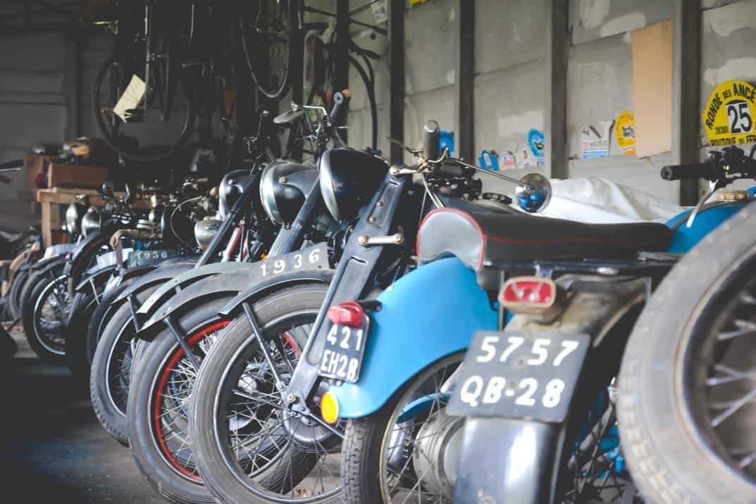 Exceptionnelle collection de 70 motos de 1910 à 1975 vente Ivoire Chartres