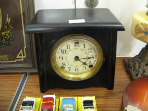 Lot 63 - Slate Mantlepiece Clock - Sold for £25