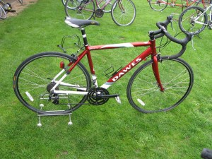 Lot 4 - Dawes Giro 300 road bike - Sold for £100