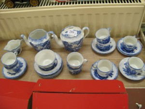 Lot 289 - Blue and white Humphrey's children's tea set - Sold for £45