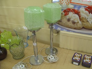 Lot 298 - Pair of Art Deco table lights, chrome base with green glass shade - Sold for £75