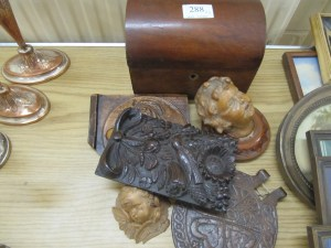 Lot 288 - Wooden box and plaques - Sold for £38