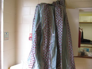 Lot 2 - Curtains - Sold for £40