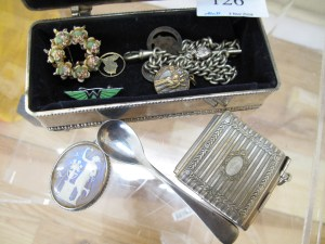 Lot 126 - Silver box and contents - Sold for £28