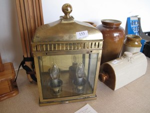 Lot 153 - Heavy Brass lamp in working order - Sold for £28