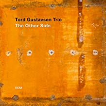 Tord GUSTAVSEN trio: The Other Side – ECM