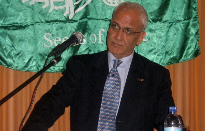 Saeb Erekat. Fofo Seeds of Peace