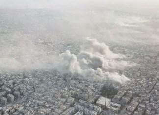 Rauchschwaden über dem Flüchtlingslager Yarmouk in Damaskus, als die syrische Armee das Lager am 20. April 2018 beschiesst. Foto Screenshot Ruptly