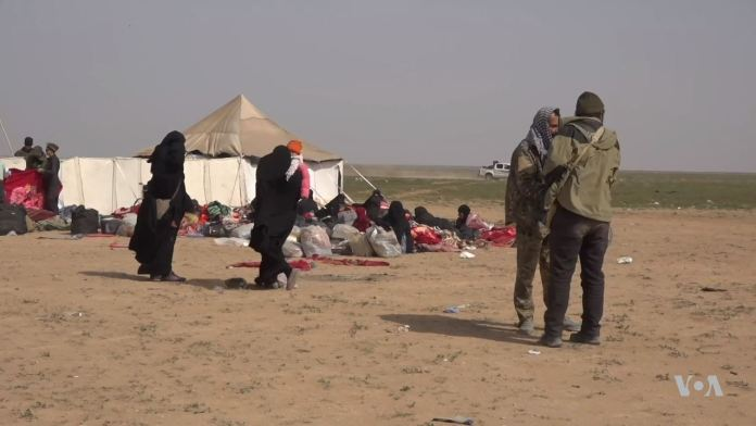 Al-Hol Camp im März 2019. Foto VOA - https://www.voanews.com/a/syria-camps-usagm/4823757.html, Public Domain, https://commons.wikimedia.org/w/index.php?curid=77399488