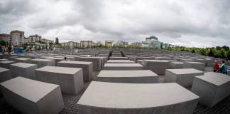 Denkmal für die ermordeten Juden Europas in Berlin. Foto IMAGO / Pacific Press Agency