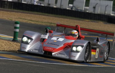 2001_24_hours_of_le_mans_audi_driver_test_week_002