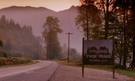 """I'll See You Again In 25 Years"": Marathoning 'Twin Peaks'"