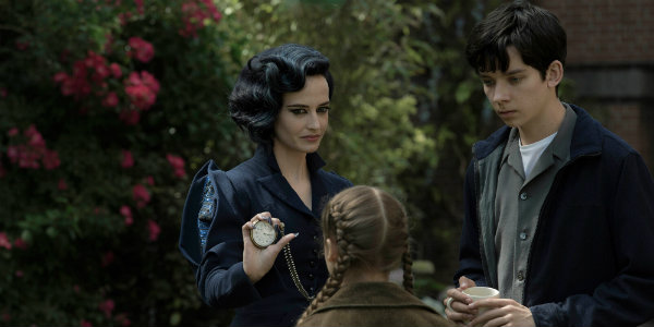 Miss Peregrine's Home for Peculiar Children is Delightful Burton