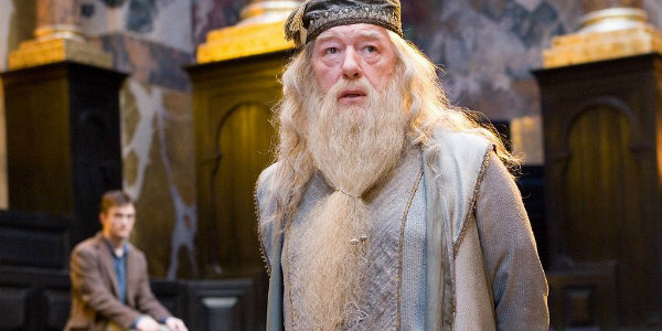 Weekly Clickables: Casting Dumbledore & Writing Arrival