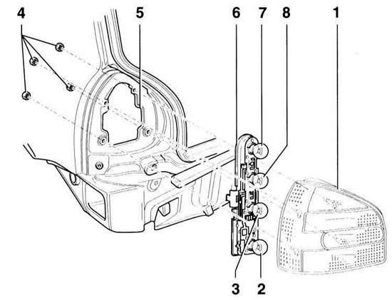Снятие и установка фары (Ауди А3 Typ 8L, 1996-2003