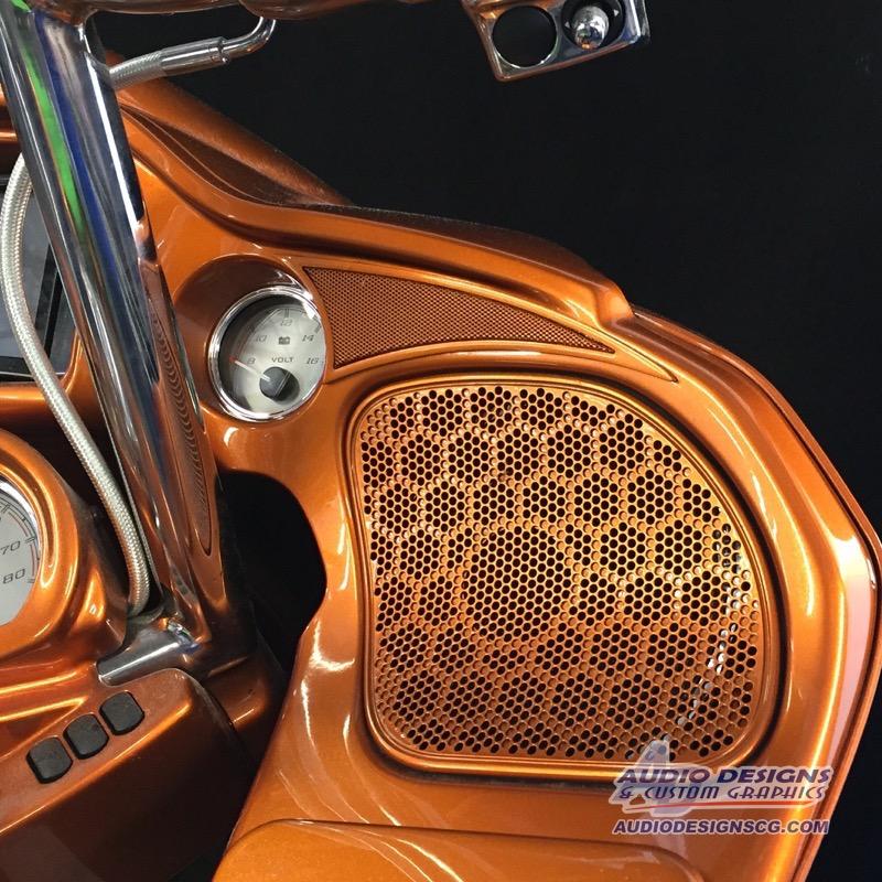 2015 Harley Davidson Road Glide Audio System Window Tint