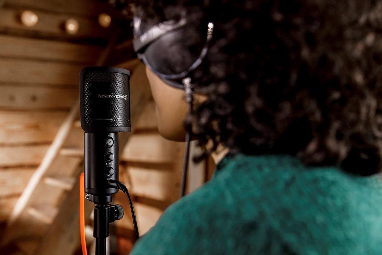 d216ef9ff62b1 beyerdynamic presenta su nuevo micrófono usb FOX – Audio Música Digital