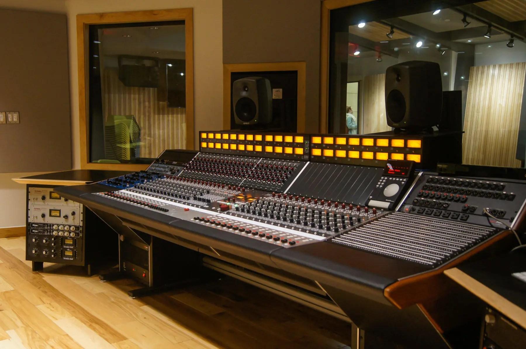 Rupert Neve 511 : music production schools drexel university installs rupert neve designs 5088 console ~ Vivirlamusica.com Haus und Dekorationen