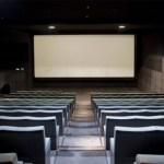 Los exhibidores españoles esperan reactivar definitivamente la asistencia a los cines este verano y exigen eliminar restricciones en cinco autonomías