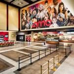 Universal y la cadena de exhibición AMC firman un acuerdo que trastoca las ventanas de explotación en Estados Unidos