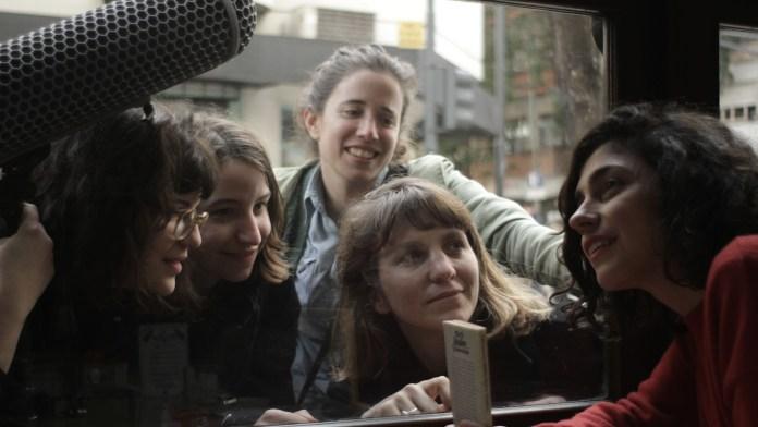 'Las poetas visitan a Juana Bignozzi'