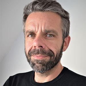 José L. Ucha
