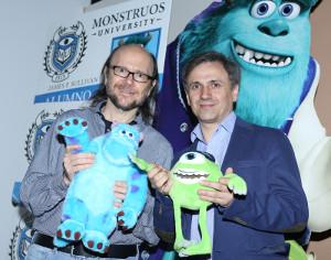 Monstruos University doblaje castellano