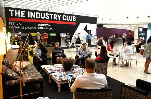 industry-club-d