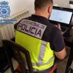 La Policía Nacional desmantela en Barcelona dos grupos de ciberdelincuentes especializados en estafas a través de phishing y carding
