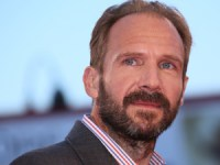 El actor y director británico Ralph Fiennes recogerá en Sevilla el Premio European Achievement in World Cinema de la Academia del Cine Europeo