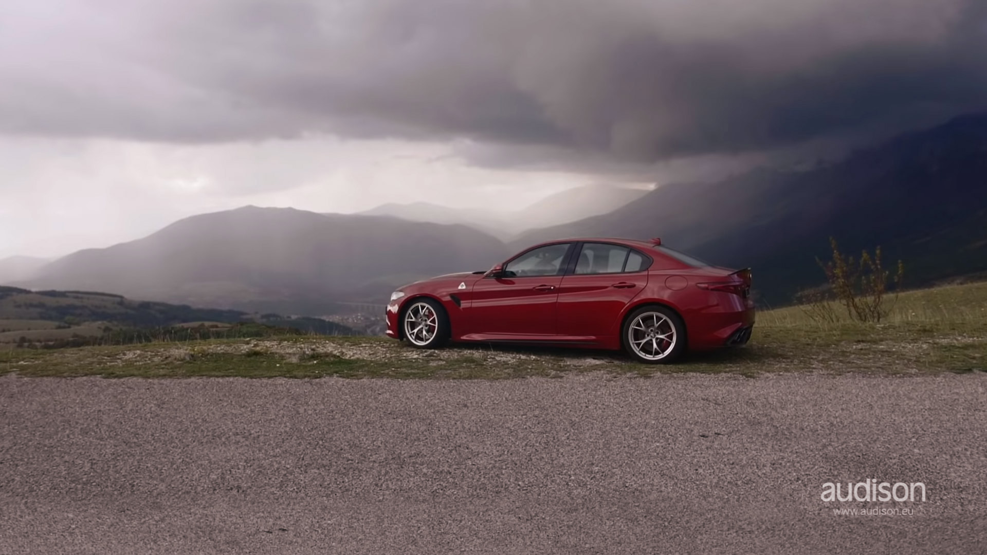 hight resolution of giulia qv meets audison thesis