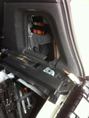 2011 Q7 trailer hitch install  AudiWorld Forums