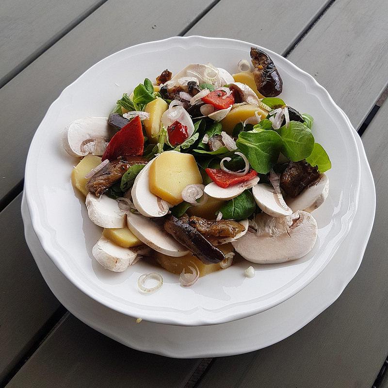 Salade de pommes de terre v g tarienne gourmande ma p 39 tite cuisine - Ma p tite cuisine ...