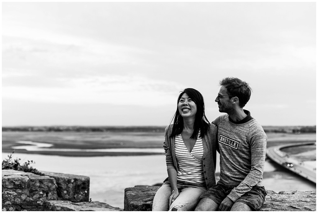 photo de couple au mont saint michel