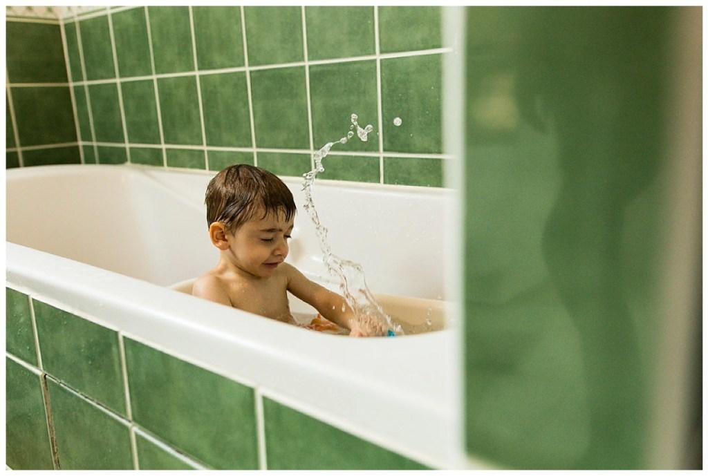 jouer dans son bain