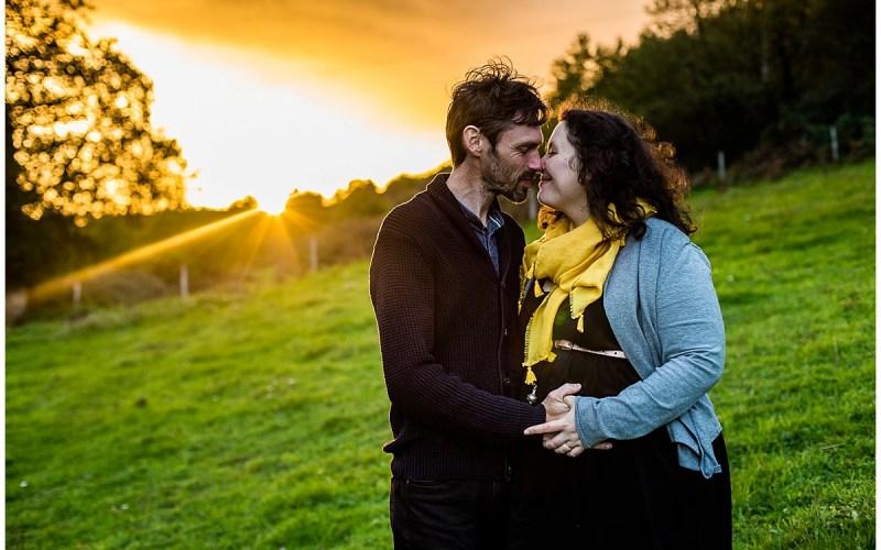 Une séance grossesse en pleine nature, en Normandie