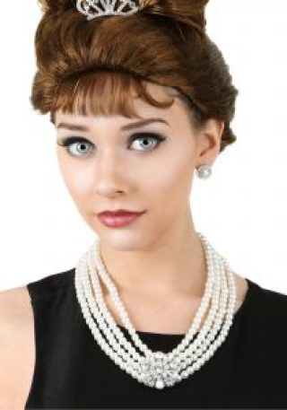 Audrey Hepburn Breakfast At Tiffany's Jewelry Set Pearl Necklace and Earrings