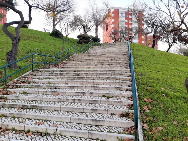 Überall Treppen in Lissabon