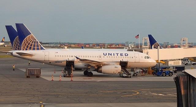 United Airlines - ohne Treibstoffzuschlag durch die USA