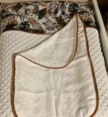Housse de matelas à langer + tapis éponge