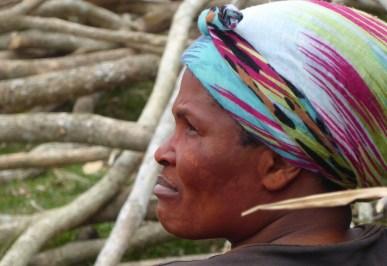 Suedafrika-Bulungula-Xhosa-Frau-bunt