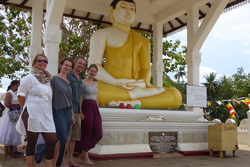 srilanka_family_buddha